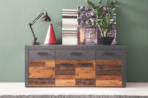 Indy-Sideboard-26910_01-1